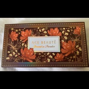 Ace beaute Bronzed in Paradise palette